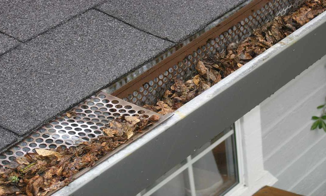 5 Reasons Why You Need To Keep Your Gutters Clean